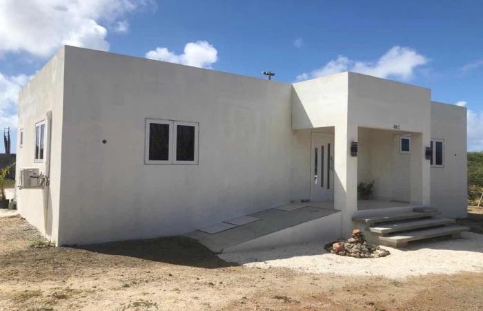 Alto Vista, 2 Bedrooms Bedrooms, ,2 BathroomsBathrooms,House,For Rent,Alto Vista,1323